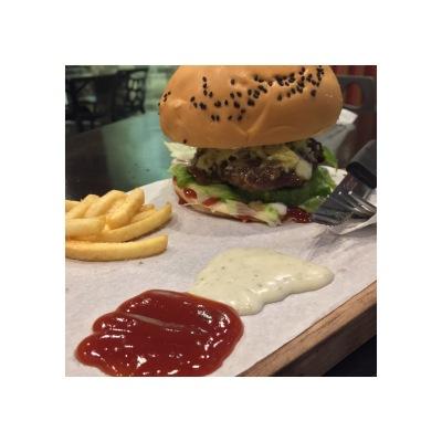 wild onion cdo, wild onion pub and grub, cagayan de oro, food in cagayan de oro, cagayan de oro burgers