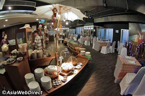 baiyoke sky hotel, baiyoke sky dinner buffet, bangkok, thailand, food in bangkok, food in thailand